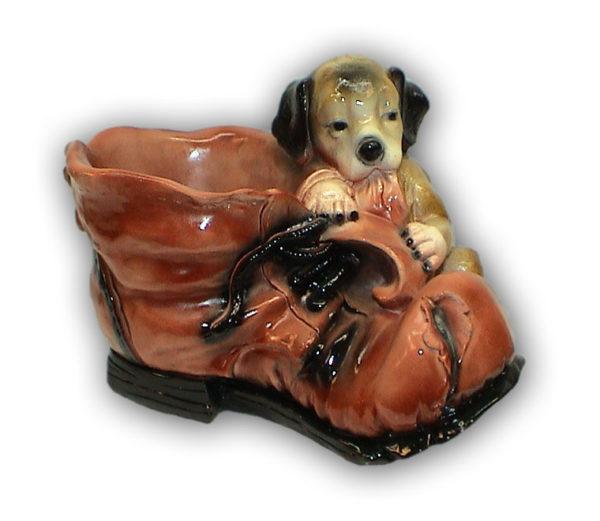 кашпо ботинок с щенком